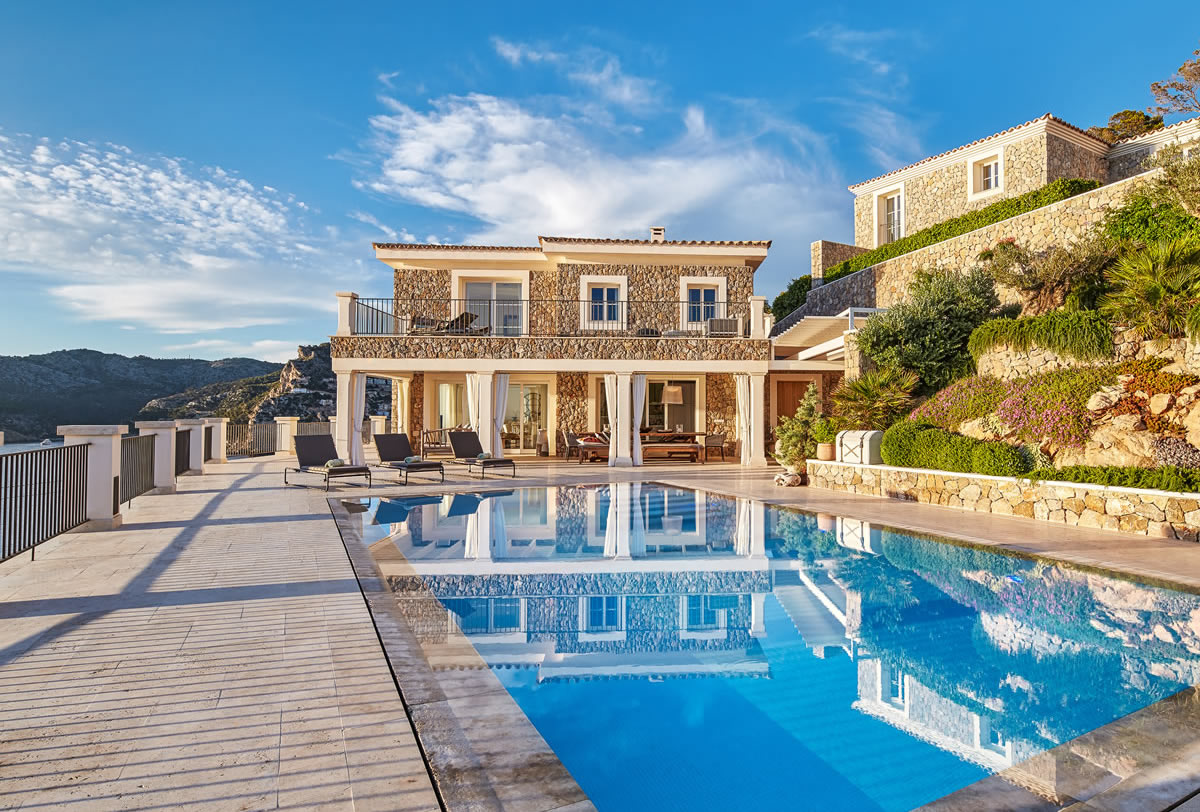 Beautiful newly built villa in Port Andratx, Mallorca